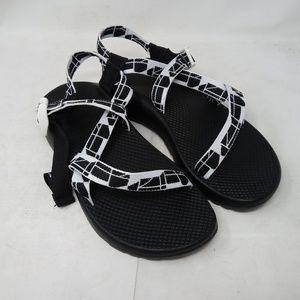 Chaco Women Z1 Classic Sandal Askew Black J107194